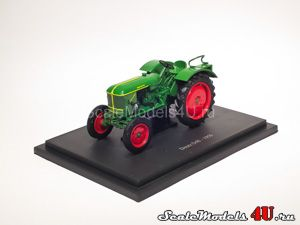 Scale model of Deutz D40 (Germany 1959) produced by Universal Hobbies.